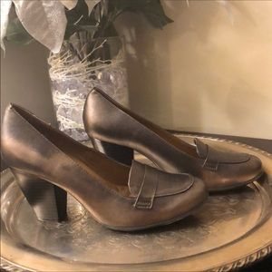Eurosoft Randi Leather Loafer Pumps, Size 8.5